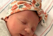 Photo of Baby girl born from record-setting 27-year-old embryo